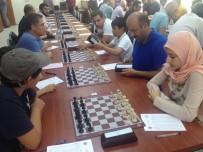 Bitlis'te Satranç Turnuvası