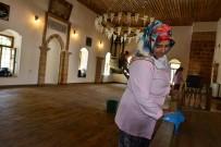 TAAHHÜT - Dulkadiroğlu'ndan Camilere Özel Hizmet