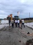 SEL FELAKETİ - Ereğli Belediyesi, Sele Maruz Kalan Bölgelere Anında Müdahale Etti