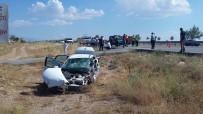 KAMYON ŞOFÖRÜ - FETÖ Şüphelisinin İçinde Bulunduğu Polis Aracı Kaza Yaptı Açıklaması 4 Yaralı