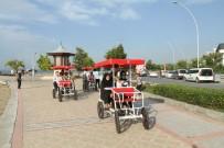 GÖRME ENGELLİ VATANDAŞ - Görme Engellilerin Bisiklet Heyecanı