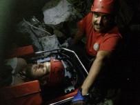 MEDİKAL KURTARMA - İngiliz Turist İçin Nefes Kesen Kurtarma Operasyonu
