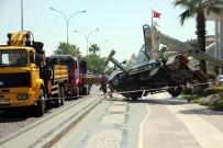 ADNAN MENDERES - Samsun'da Vinç Devrildi Açıklaması 2 Yaralı