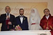 MUSTAFA HAKAN GÜVENÇER - Vali Güvençer Genç Çiftin Nikah Şahidi Oldu