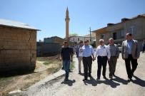 Vali Pehlivan, Kırkpınar Köyü'nde Asfalt Çalışmalarını İnceledi