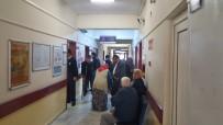 MIDE BULANTıSı - Zonguldak'ta 6 Kişi Zehirlenme Şüphesiyle Hastaneye Kaldırıldı