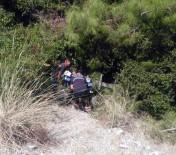 AFAD Ekipleri 15 Yaşındaki Çocuğu Uçurumdan Kurtardı