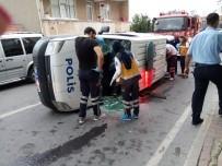 POLİS ARACI - Ataşehir'de Polis Aracı Devrildi Açıklaması 1 Yaralı