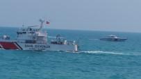 BATı KARADENIZ - Bartın'da Denizde Kaybolan Genci Arama Çalışmaları Sürüyor