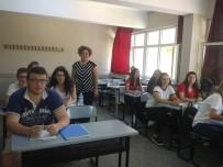 OKUL MÜDÜRÜ - Burhaniye'de Destekleme Ve Yetiştirme Kursları Başladı