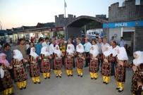 ŞÜKRÜ KARABACAK - Darıca'da Bayburtlular Sahne Aldı