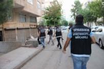 ŞAFAK OPERASYONU - Diyarbakır'da Uyuşturucu Tacirlerine Şafak Operasyonu Açıklaması 5 Gözaltı