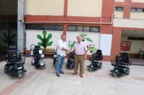 AKÜLÜ SANDALYE - Gurbetçi Çiftten Efeler Belediyesine Anlamlı Bağış