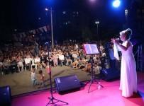 BOSTANLı - Karşıyaka'da Yaz Akşamları Müzikle Renkleniyor