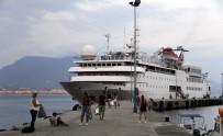 MEHTER TAKIMI - Lübnanlılar Denizden Geldi
