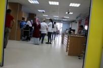 ARBEDE - Muayene Sırası Alamadığı İçin Kadın Doktoru Darp Etti