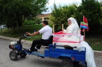 GELİN ARABASI - Türk Damat, Azeri Gelini Gelin Arabası Yaptığı Patpat İle Nikaha Götürdü