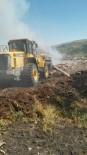 ÇARDAKLı - Şenkaya Mezrasında Çıkan Yangın Kontrol Altına Alındı