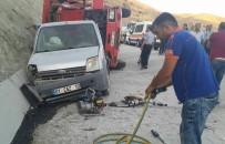 Tunceli'de Trafik Kazası Açıklaması2 Yaralı