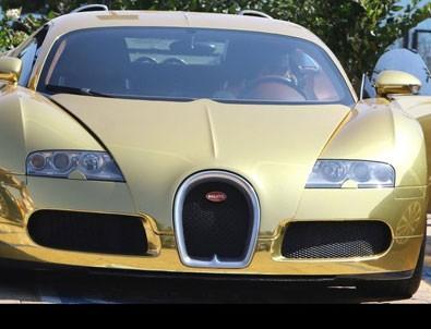 Ünlü oyuncunun dudak uçuklatan arabası