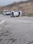 KALP MASAJI - Başka Araca Çarpmamak İçin Manevra Yapan Otomobil Takla Attı Açıklaması 1 Ölü, 3 Yaralı