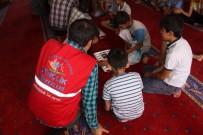 STRATEJİ OYUNU - Erzincan Gençlik Merkezinde Yaz Programları Devam Ediyor