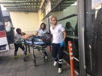 ERCIYES ÜNIVERSITESI - Kayseri'de Bıçaklı Kavga Açıklaması 2 Yaralı
