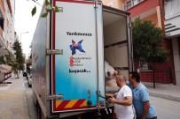 EVDE TEK BAŞINA - Küçükçekmece'de Sel Mağdurlarının Yaraları Sarılıyor