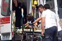 UĞUR MUMCU - Otomobilin Çarptığı 3 Yaşındaki Çocuk Yaralandı