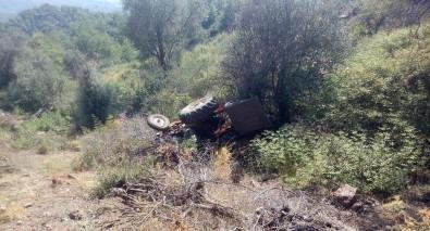 Traktör uçuruma yuvarlandı: 1 Ölü, 1 Yaralı
