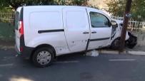 ELEKTRİK DİREĞİ - Beşiktaş'ta Sıkışmalı Kaza Açıklaması 2 Yaralı