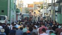SECCADE - Cemaat Yolda Namaz Kıldı, Halk Otobüsü Kontak Kapattı