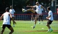 TARIK ÇAMDAL - Galatasaray'da Neşeli Antrenman