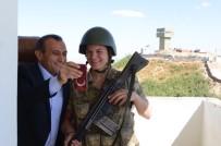 TUNCELİ VALİSİ - Tunceli'de Nöbetteki Askere 'Baba' Sürprizi