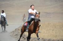 EMIN BILMEZ - Ardahan'da 3'Üncü Doğu Anadolu At Yarışları Yapıldı