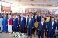 Bakan Soylu Memleketi Trabzon'da Partisinin İlçe Kongresine Ve Cenazeye Katıldı