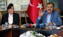 NIHAT ÖZTÜRK - Bakanı Eroğlu Açıklaması 'Yangın Kendiliğinden Çıkmadı'