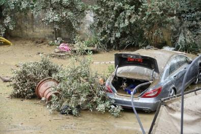 İtalya'da sel felaketi: 6 ölü