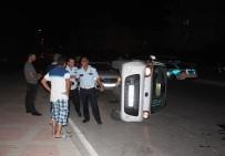 ÇETİN EMEÇ - Manavgat'ta Kaza Açıklaması 2 Yaralı