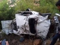 AYDOĞAN - Otomobil Uçuruma Yuvarlandı Açıklaması 2 Ölü, 2 Ağır Yaralı