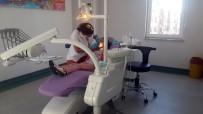 DİŞ TEDAVİSİ - Zihinsel Engelli Minik Meryem İçin Engel Tanımayan Diş Tedavisi