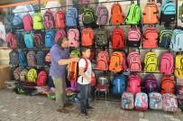 OKUL ÇANTASI - Ağır okul çantaları omurga sağlığını bozuyor