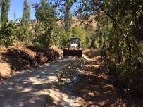YOL YAPIMI - Alaşehir Kırsalındaki Bozuk Yollar Yapılıyor