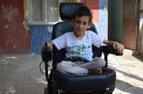 AKÜLÜ ARABA - Çalınan Tekerlekli Sandalyesi Yerine Akülü Araç