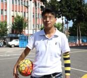 KORUYUCU AİLE - Futbolcu Tuğçe'nin Hayat Hikayesi Yürek Burkuyor