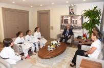 MAHMUT DEMIRTAŞ - Karateciler Başarılarını Vali Demirtaş İle Paylaştı