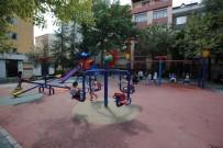 SÖĞÜTLÜÇEŞME - Küçükçekmece'de Parklar Yenileniyor