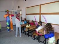 ATATÜRK İLKOKULU - Okul Öncesi, 1. Ve 5. Sınıf Öğrencilerinin Ders Zili Çaldı