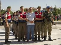 SİNCAN CEZAEVİ - Özel Harekatı Bombalayarak 50 Polisi Şehit Eden Pilot Hakim Karşısında