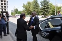 MEHMET ALTAY - Ruanda Ankara Büyükelçisi Williams Nkurinziza'nın Uşak Ziyareti